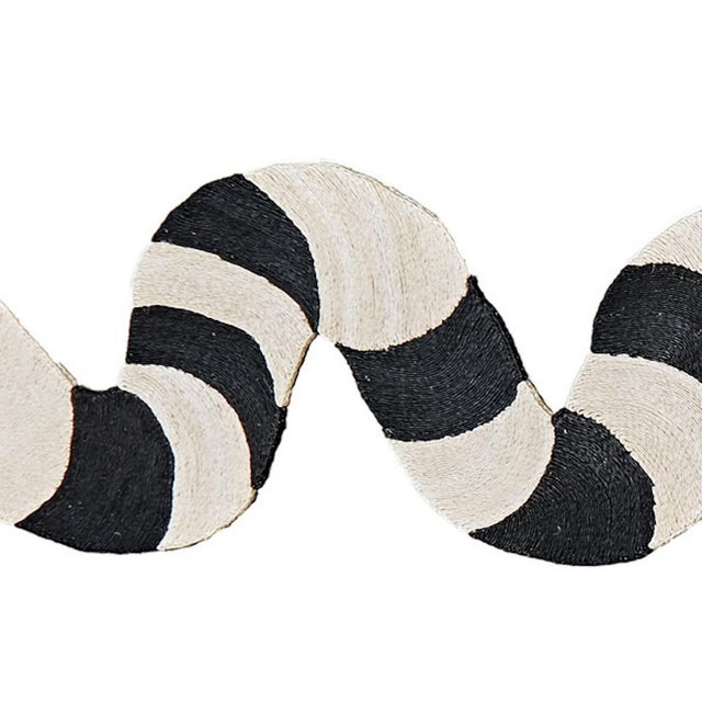 Contemporary Modern Schumacher Charlap Hyman & Herrero Serpiente Snake Black Natural Abaca Rug - 3′ × 15′ For Sale - Image 3 of 5