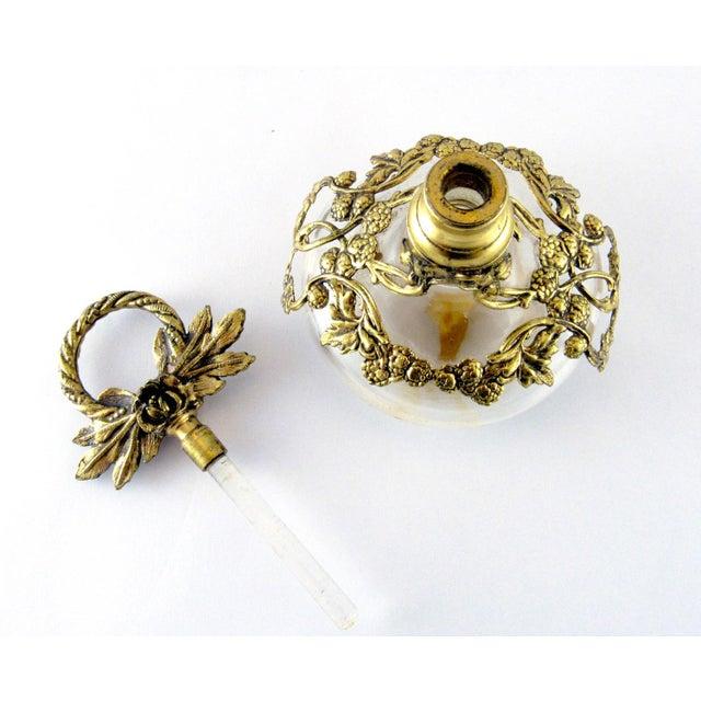 Vintage Italian Filigree Perfume Bottle, Globe Ormolu 24k Gold Plate For Sale - Image 4 of 11