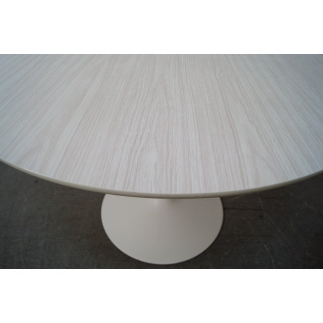 Mid-Century Round Tulip Base Saarinen Style Dining Table by Burke For Sale In Philadelphia - Image 6 of 10