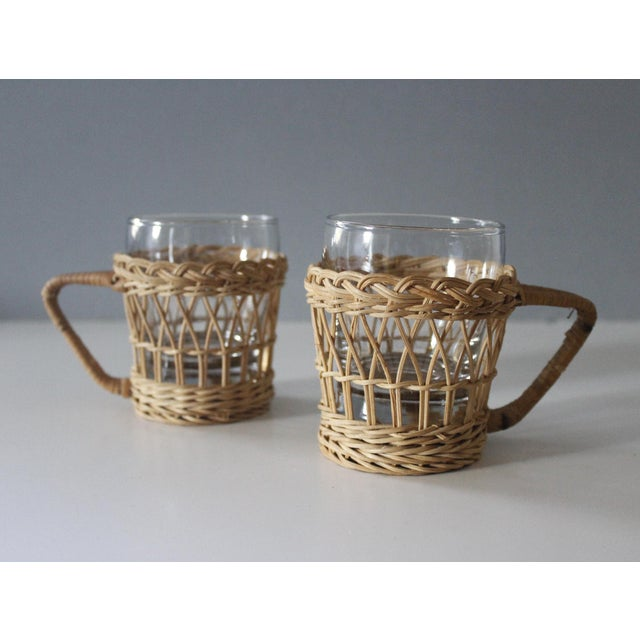 Vintage Wicker & Glass Serving Pitcher and Cups Set of 7 Mid Century Boho For Sale In New York - Image 6 of 9