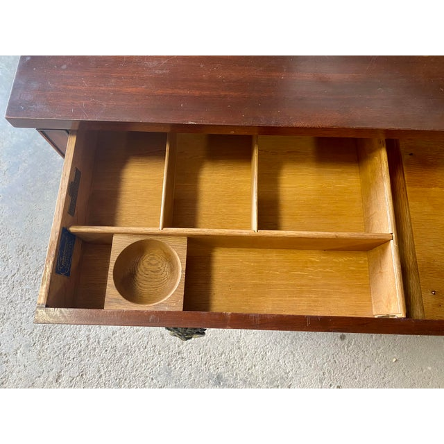 Vintage Kittinger English Chests of Drawers - a Pair For Sale - Image 11 of 12