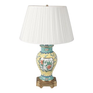 Early 20th Century French Chinoiserie Ceramic Lamp For Sale