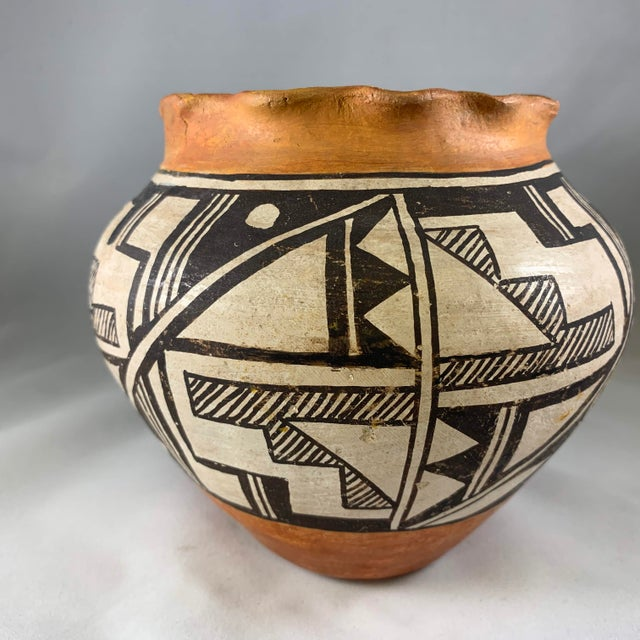 Folk Art Acoma Pueblo Southwestern Olla Jar For Sale - Image 3 of 12