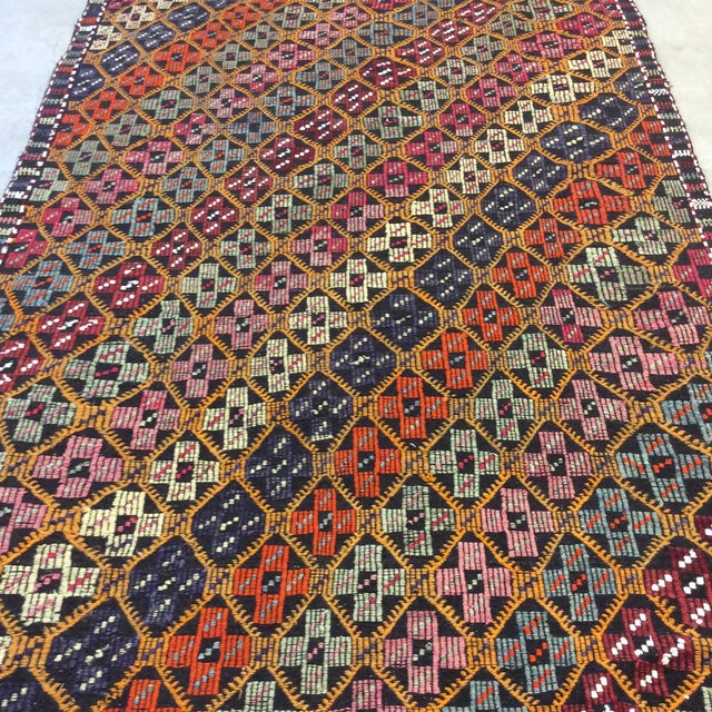 "1960's Turkish Kilim - 5'6""x8'6"" For Sale - Image 10 of 13"