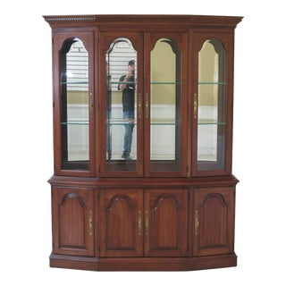 1990s Vintage Pennsylvania House 4 Door Cherry China Cabinet Breakfront For Sale
