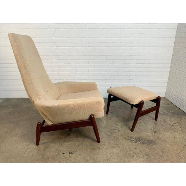 1960s i.b. Kofod-Larsen High Back Lounge Chair Model Pd30 With Ottoman, Circa 1960 For Sale - Image 5 of 13