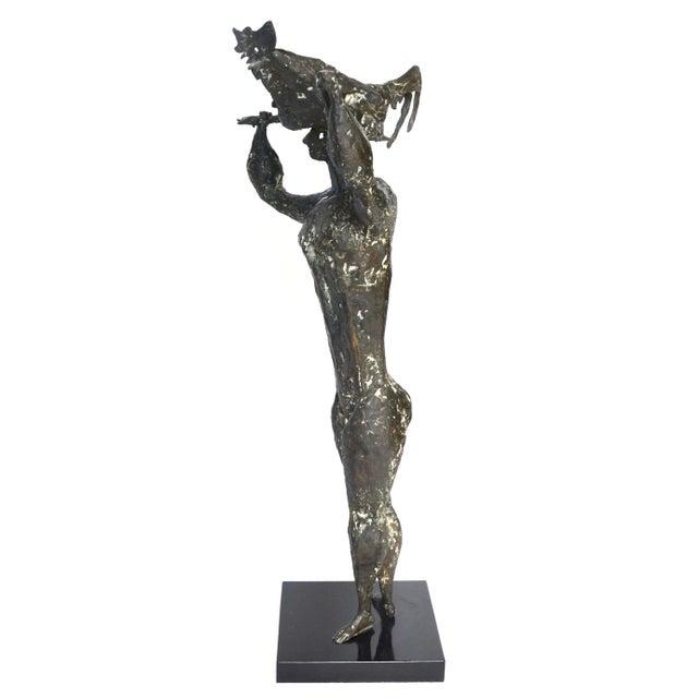 1950s Luciano Minguzzi Bronze 'Uomo Con Gallo' 1950s For Sale - Image 5 of 10