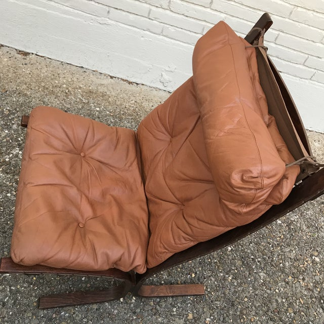 Gorgeous soft leather chair by Ingmar Relling for Westnofa. Mid century modern chair in a cappuccino leather.