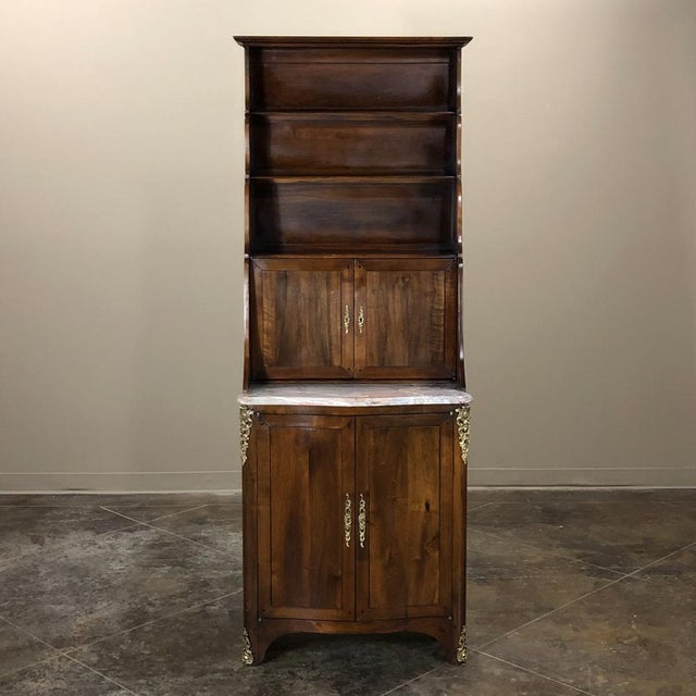 Country 19th Century Country French Blonde Walnut Cabinet For Sale - Image 3 of 13