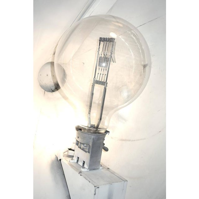 1950s Rare Model Hollywood Movie Studio Light Circa 1950 As Sculpture With Stand For Sale - Image 5 of 12