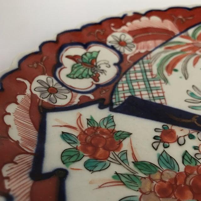 Oval Scalloped Imari Platter For Sale In Charlotte - Image 6 of 8