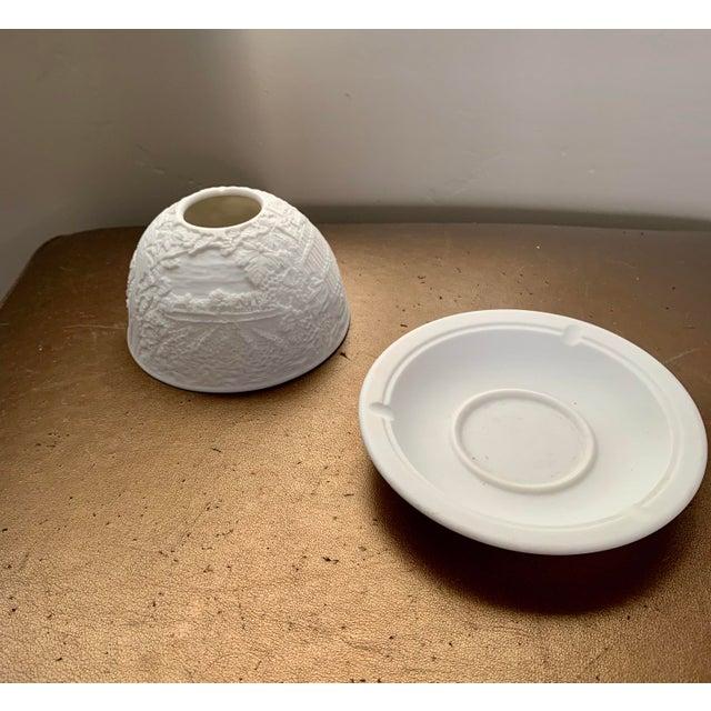 Bernardaud Vintage Bernardaud France Limoges Lithophane Cityscape Porcelain Votive - Stamped For Sale - Image 4 of 6