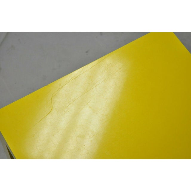 1970s Vintage Thayer Coggin Milo Baughman Yellow Parsons Style Laminate End Table For Sale In Philadelphia - Image 6 of 10