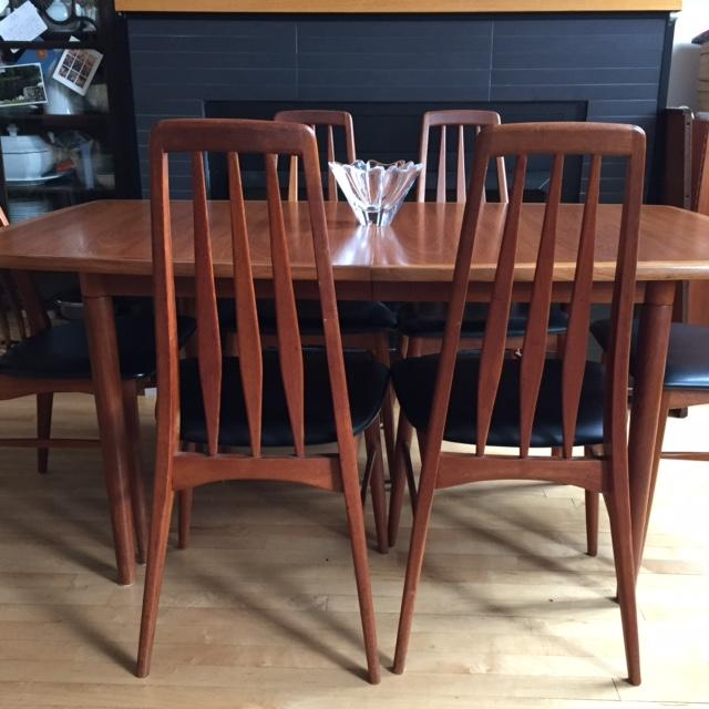 Mid Century Danish Dining Table And Six Matching Eva Chairs By Niels Kofoed    Image