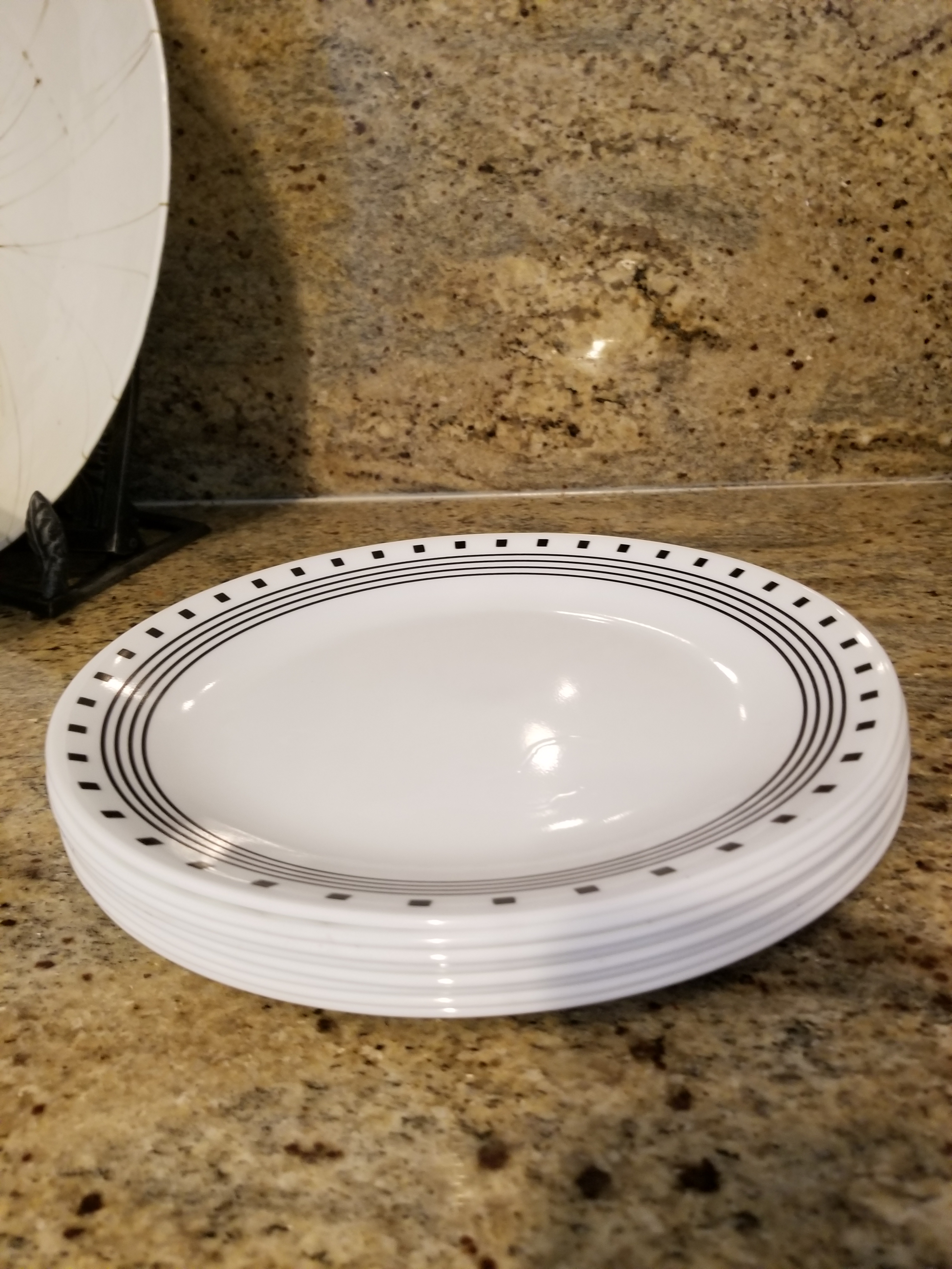 Vintage Black and White Corelle Large Dinner Plates - Set of 8 - Image 5 of  sc 1 st  Chairish & Vintage Black and White Corelle Large Dinner Plates - Set of 8