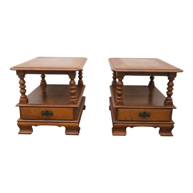 Ethan Allen Solid Maple Pair of Nightstands Side End Tables For Sale