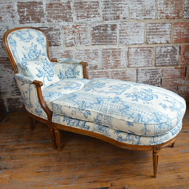 French Provincial Late 18th Century French Provincial Duchesse Brisée For Sale - Image 3 of 11