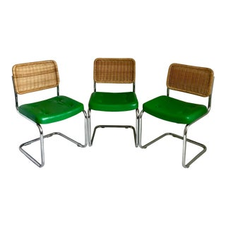 1970s Vintage Marcel Breuer Cantilever Chrome and Green Vinyl Dining Chairs - Set of 3 For Sale