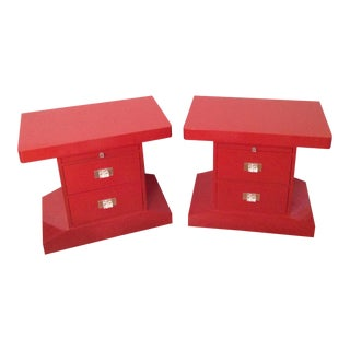 Hickory White Nightstands Red Lucite/Acrylic Decorative Pulls Late 70s For Sale