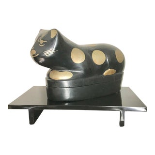 Rare Vintage Chinese Black and Gold Lacquer Wooden Cat Pillow Box on Stand For Sale