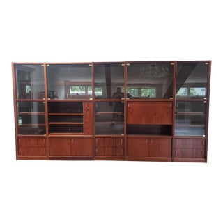 1980s Rosewood 5 Piece Sectional Wall Unit Display Cabinet W/ Bar & Glass Doors For Sale