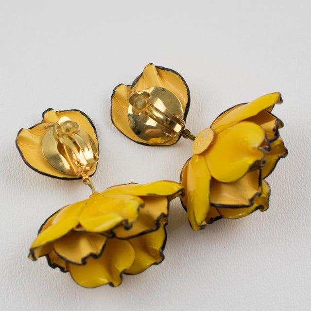 Cilea Paris Dangling Resin Clip-On Earrings Yellow Poppy Flower For Sale - Image 4 of 7