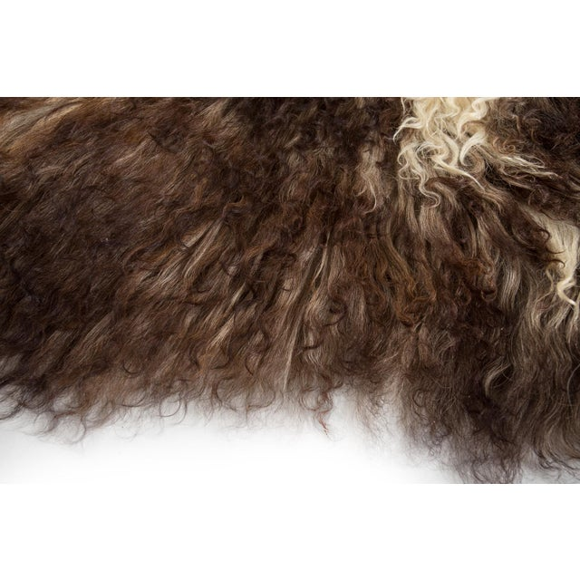 """2010s Contemporary Natural Sheepskin Pelt - 2'0""""x3'0"""" For Sale - Image 5 of 8"""