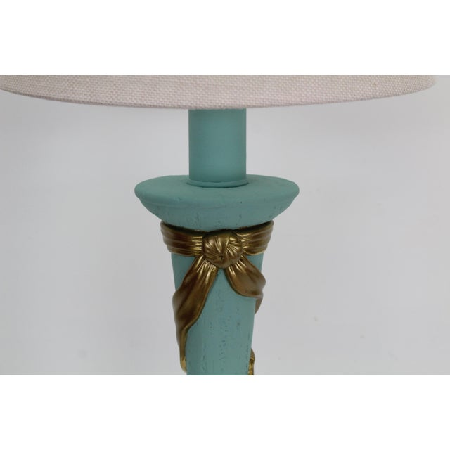 Gold Mid-Century Plaster Ribbon Table Lamps After Dorothy Drapper For Sale - Image 8 of 12