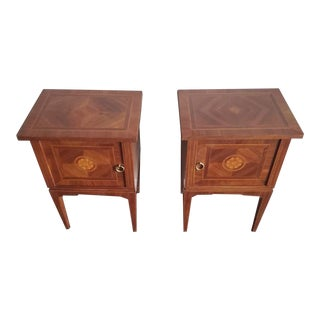 Early 20th Century Italian Neoclassical Bedside Tables in the Manner of Giuseppe Maggiolini - a Pair For Sale