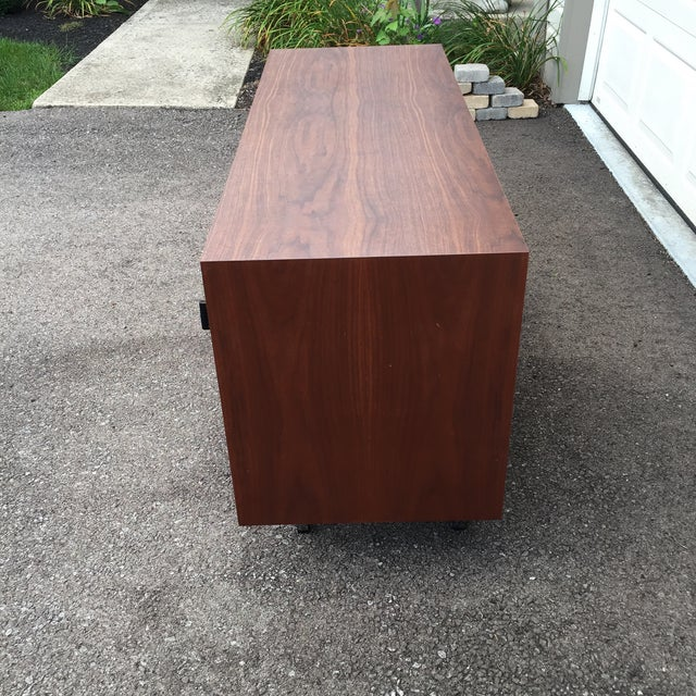 1960s Mid-Century Modern Florence Knoll Credenza For Sale - Image 10 of 11