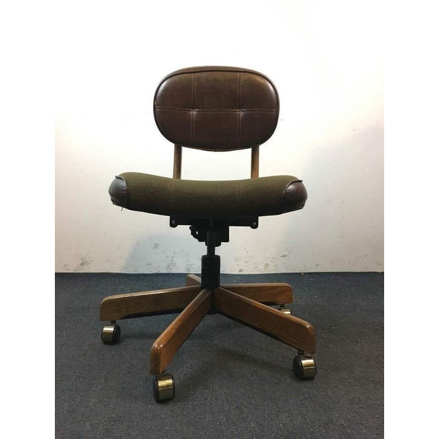 This super cool, 1960's Vintage Office Chair will add flair to your office or home work space effortlessly. You can just...