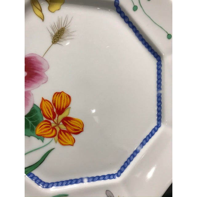 """1990s Lynn Chase """"Flores"""" Assorted Colors Dinner Plates - Set of 14 For Sale - Image 11 of 12"""