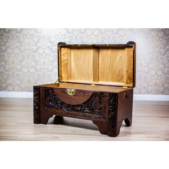 1930s Chinese Carved Chest from the 1930s For Sale - Image 5 of 10