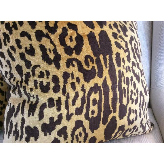 Contemporary Contemporary Scalamandre Pillow Covers in Silk Velvet Leopardo - a Pair For Sale - Image 3 of 5