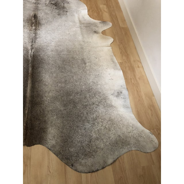 "Contemporary Brazilian Cowhide Rug - 7'9"" X 6'2"" For Sale - Image 4 of 5"