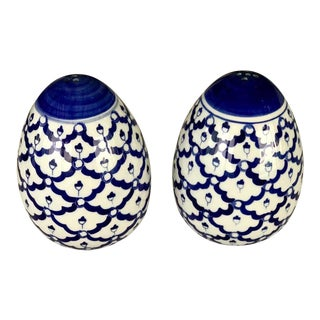 Blue & White Salt and Pepper Shakers For Sale