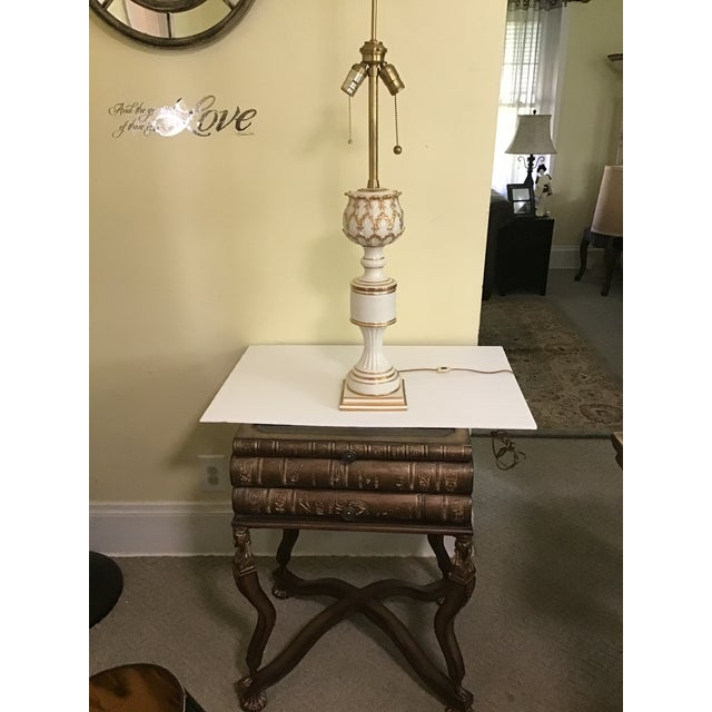 French Neoclasscal Blanc De Chine Porcelain Lamp For Sale In Cleveland - Image 6 of 8