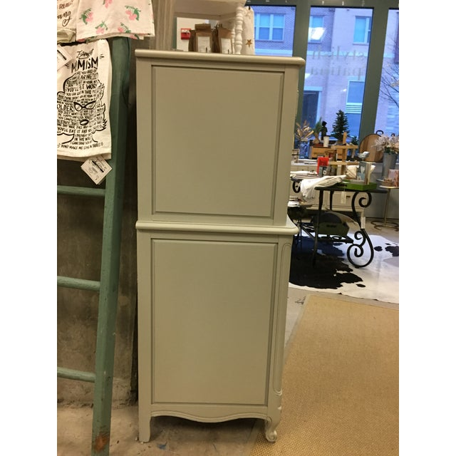 Vintage French Grey Dresser - Image 4 of 6