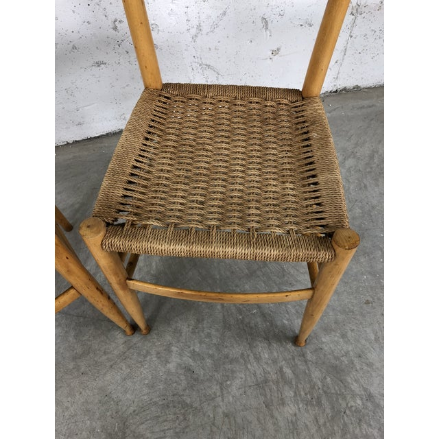 1960s Mid-Century Italian Beech Wood Ladder Back Chairs Gio Ponti Style, Pair For Sale - Image 5 of 10