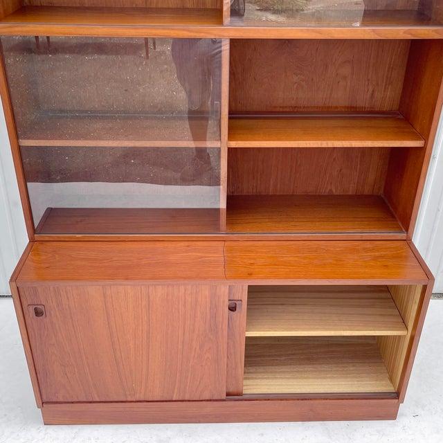 1960s Mid-Century Teak Bookshelf With Cabinet For Sale - Image 5 of 13
