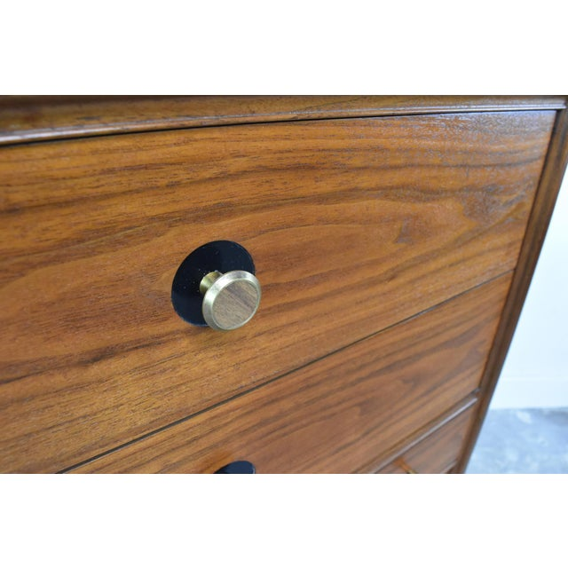 Brown Mid-Century Chest of Drawers by Thomasville Motif For Sale - Image 8 of 13