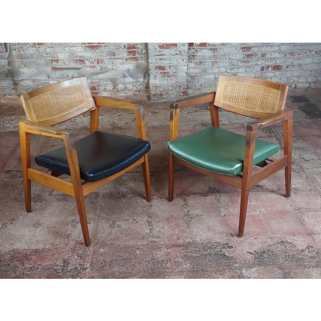Mid-Century Modern Gunlocke 1960s Mid Century Modern Cane Back Arm Chairs -Set of 4 For Sale - Image 3 of 11
