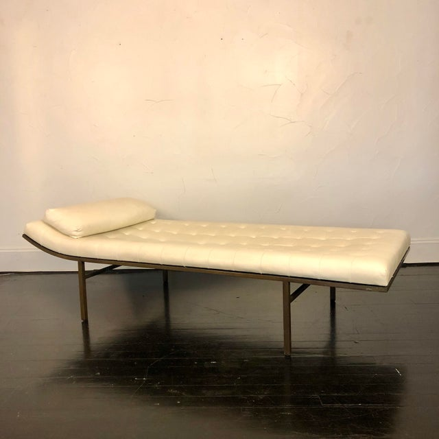 1970s 1970s Jules Heumann Chaise Lounge for Metropolitan For Sale - Image 5 of 11