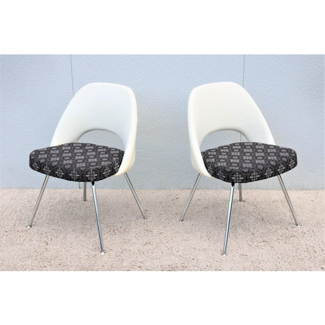 Mid-Century Modern Eero Saarinen for Knoll Executive Armless Chairs - a Pair For Sale - Image 13 of 13