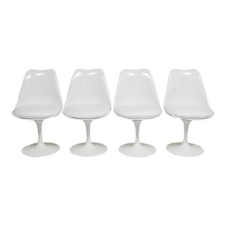 Eero Saarinen Tulip Chairs - Set of 4
