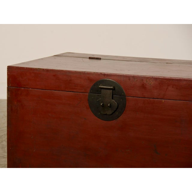 Ceramic Large Antique Chinese Red Lacquer Trunk Kuang Hsu period circa 1875 For Sale - Image 7 of 10