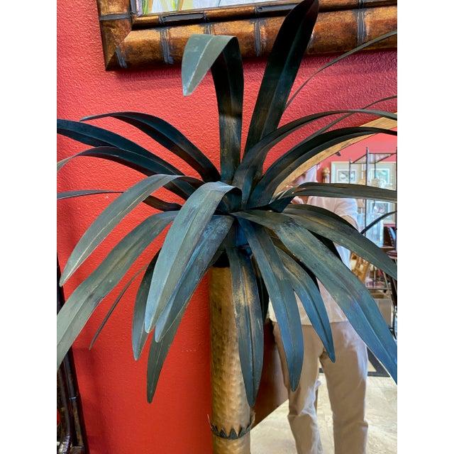 Coastal Vintage Palm Beach Regency Tole Palm Tree Framed Gilt Mirror For Sale - Image 3 of 12