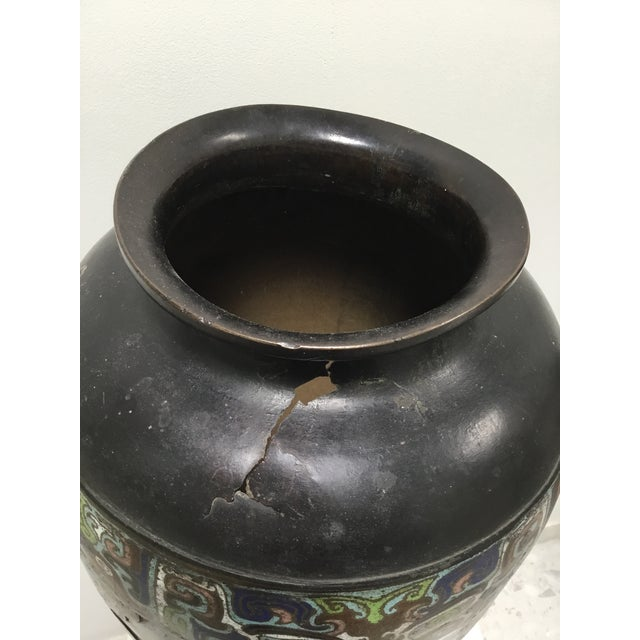 19th Century Chinese Cloisonné Vase For Sale - Image 4 of 9