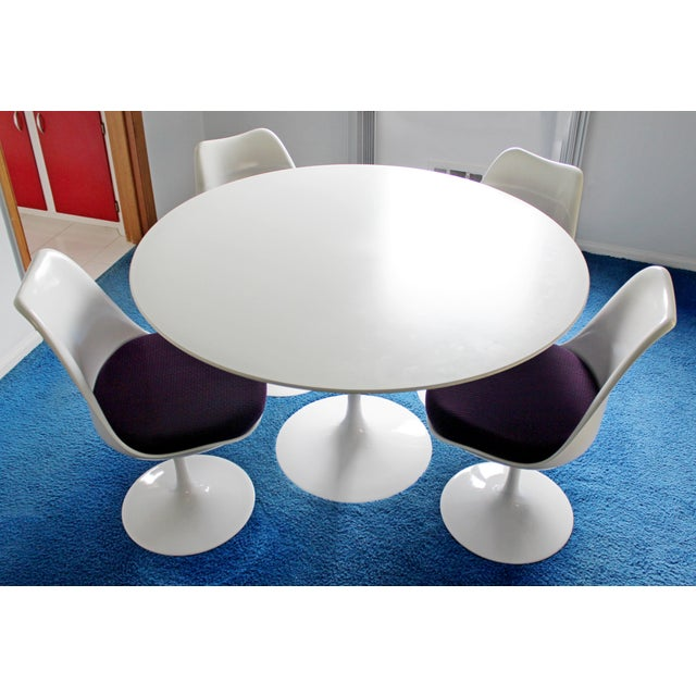 Mid-Century Modern Mid-Century Modern Knoll Style White Tulip Dining Set Table 4 Chairs 1960s Italy For Sale - Image 3 of 8