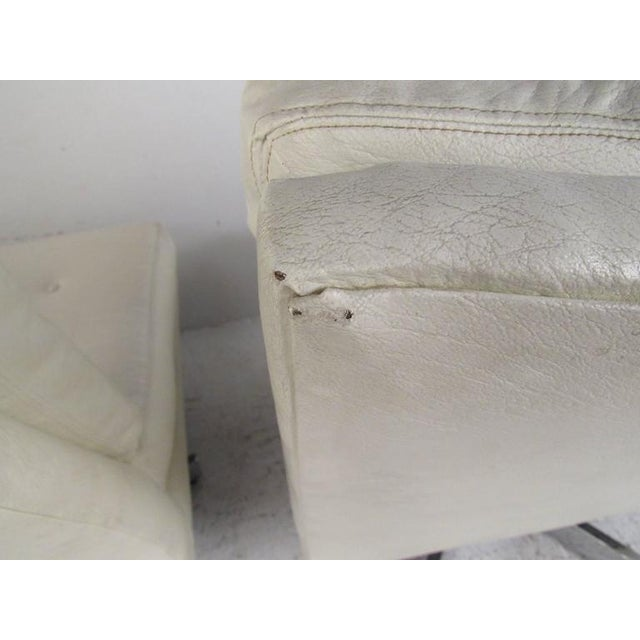 Chrome Milo Baughman Swivel Lounge Chairs for Thayer Coggin For Sale - Image 7 of 9